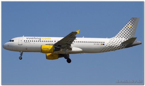 Vueling Airlines Airbus A320-214 EC-HHA (cn 1221)