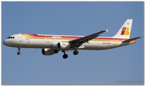 Iberia Airbus A321-211 EC-IXD (cn 2220)