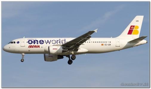 Oneworld (Iberia) Airbus A320-214 EC-IZR (cn 2242)
