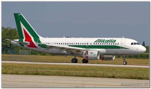Alitalia Airbus A319-111 EI-IMT (cn 5018)