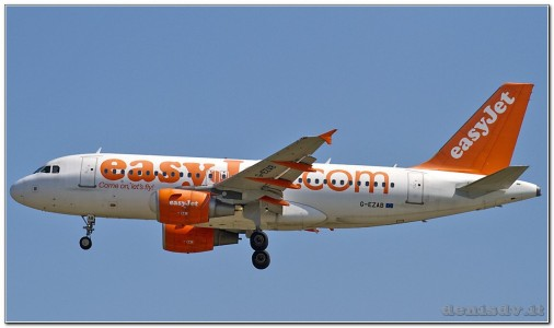 EasyJet Airline Airbus A319-111 G-EZAB (cn 2681)