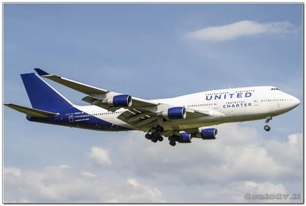 United Charter Boeing 747-422 N194UA (cn26892/1088)