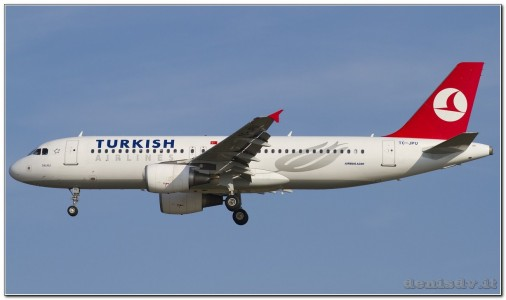Turkish Airlines Airbus A320-214 TC-JPU (cn 3896)