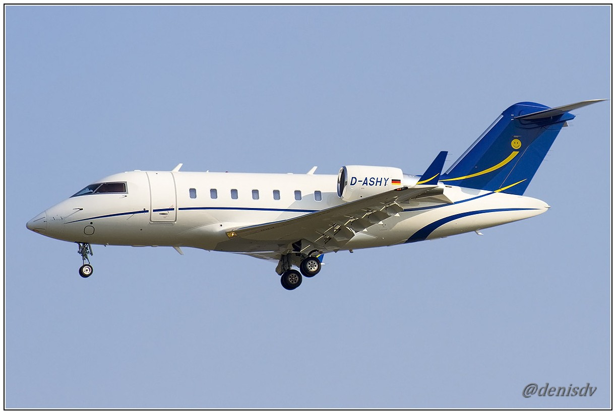 Bombardier Challenger 605 (CL-600-2B16) D-ASHY (cn 5926)