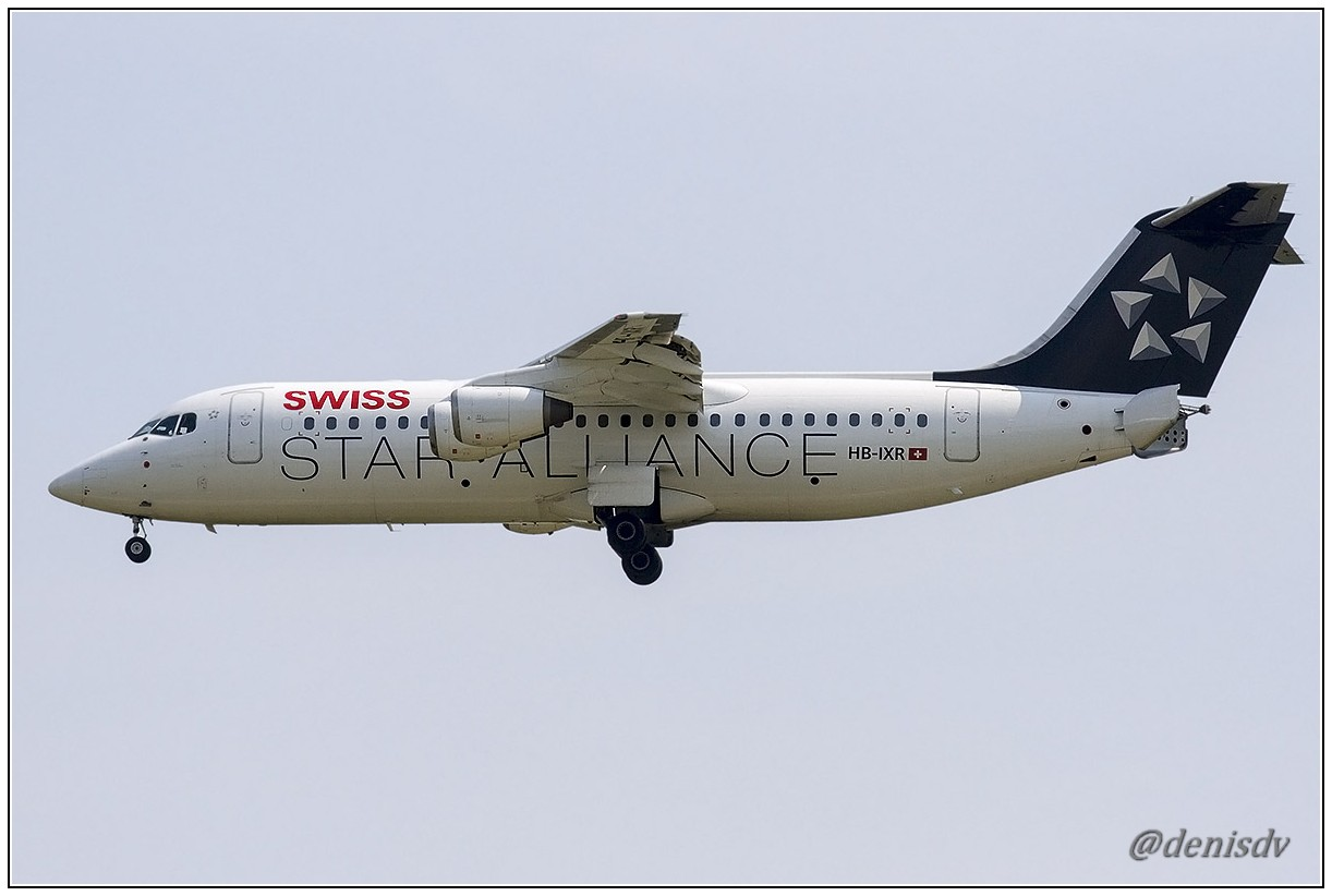 Swiss International Air Lines BAE Systems Avro 146-RJ100 HB-IXR (cn E3281)