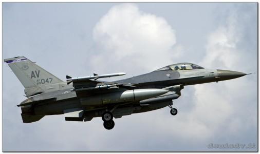 USA – Air Force Lockheed Martin F-16CG Fighting Falcon 89-2047