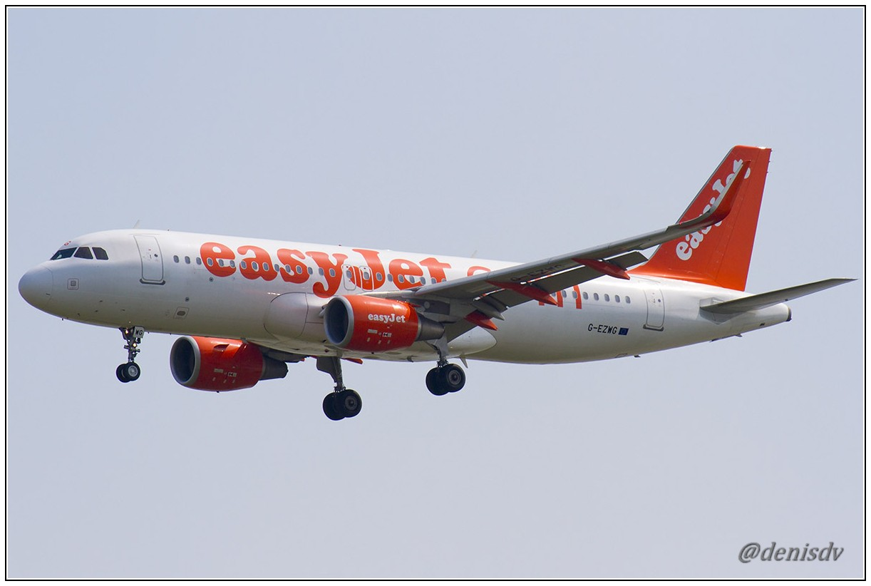 EasyJet Airline Airbus A320-214 G-EZWG (cn 5318)