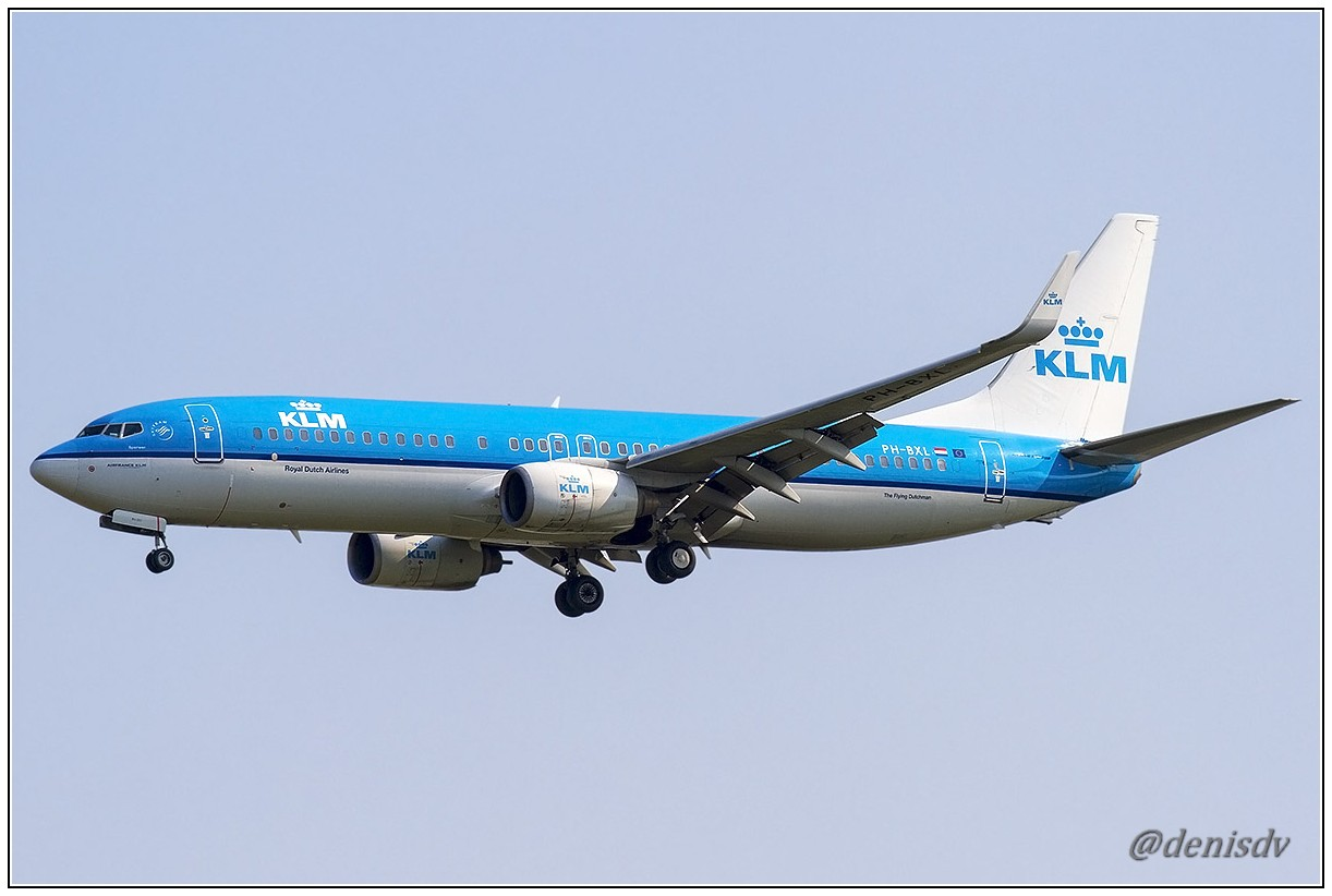 KLM - Royal Dutch Airlines Boeing 737-8K2 PH-BXL (cn 30359/659)