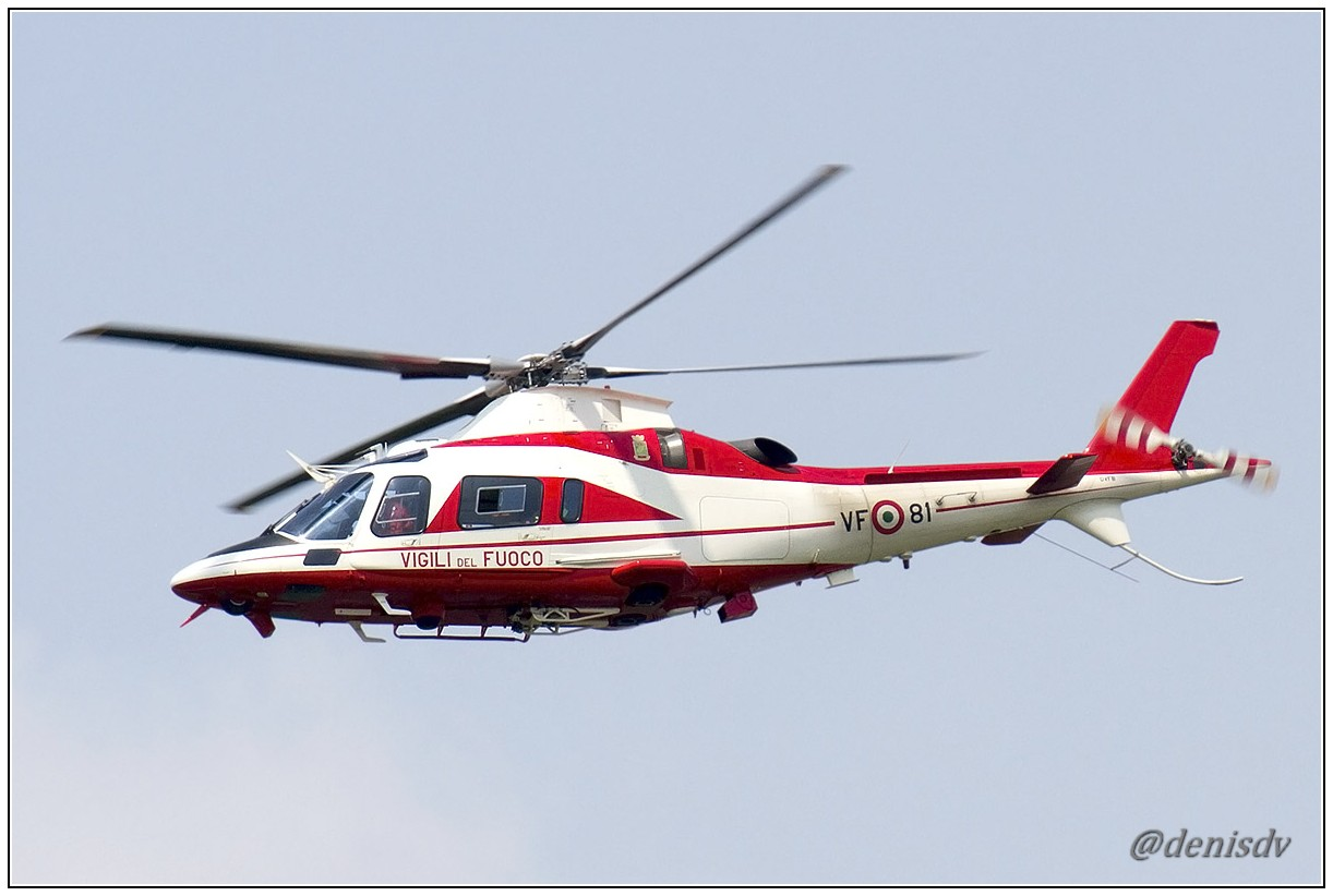 Vigili del Fuoco AW109E Power  VF-81
